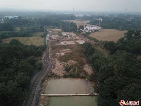 新密市牛店镇:一洗沙场破坏生态污染环境,相关部门监管缺失