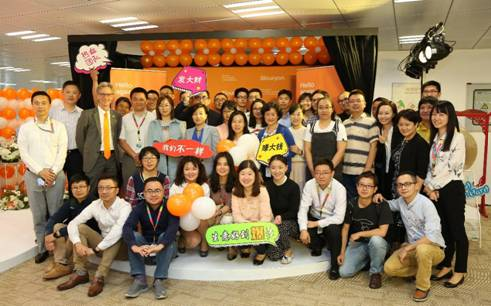 诺力昂上海团队庆祝新公司成立