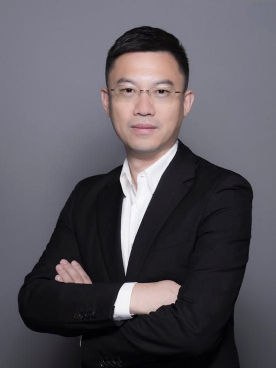 智慧城市规划运营专家朱攀加盟华人运通任副总裁