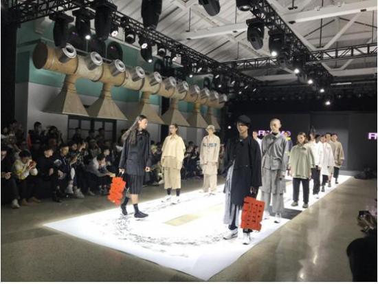 與時尚緊密結合 來電科技驚艷亮相BLANK先鋒潮流藝術節