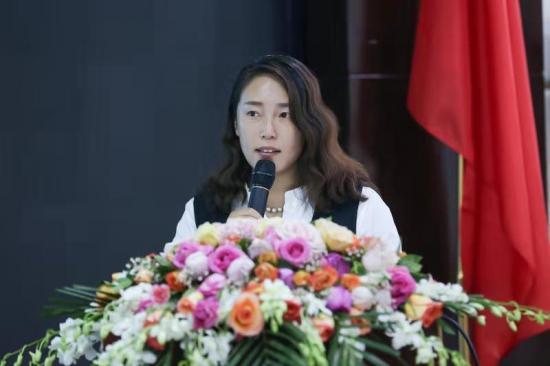 心如猛虎,细嗅蔷薇―记北京京师合伙人杨树英律师