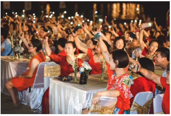 传奇军团:四周年旅游庆典 享受巴厘岛的碧海蓝天