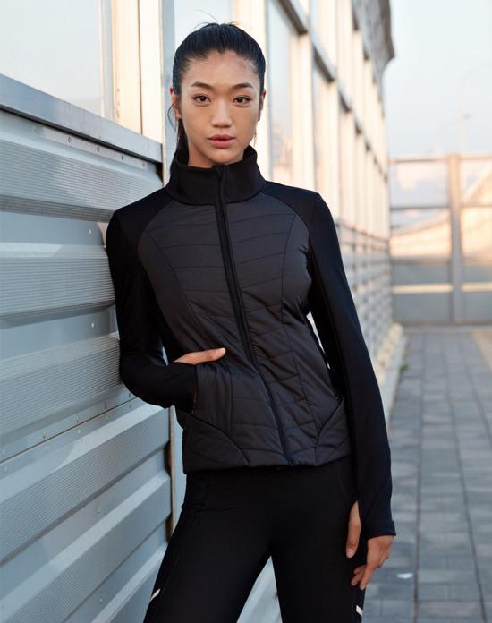 爱慕运动自然探索跑步棉服 尽情释放运动之美