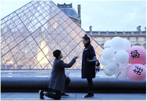 留学女友执意要回国,法国男子用DR钻戒上演中文求婚