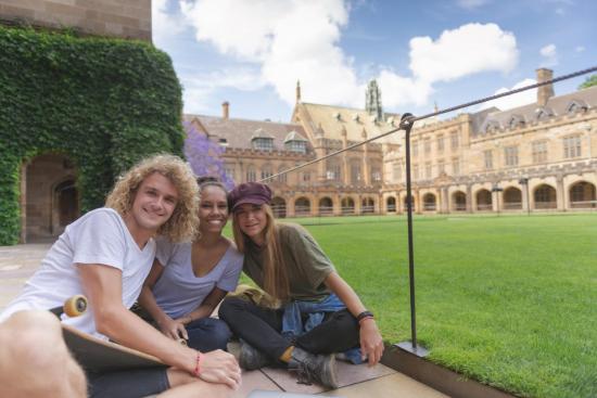侨外澳洲移民:澳洲学科哪家强?QS世界大学学科排名告诉你