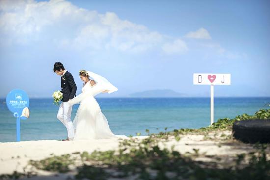 三亚婚纱摄影前十名哪家好,拍海景婚纱照与礼服应该如何搭配