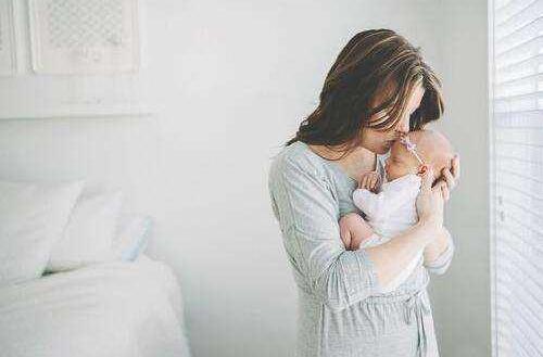 初乳宝入驻爱分担分期商城,母婴健康服务免息分期时代来临