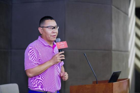 中国唯一现役田径大满贯得主刘虹,签约易居俱