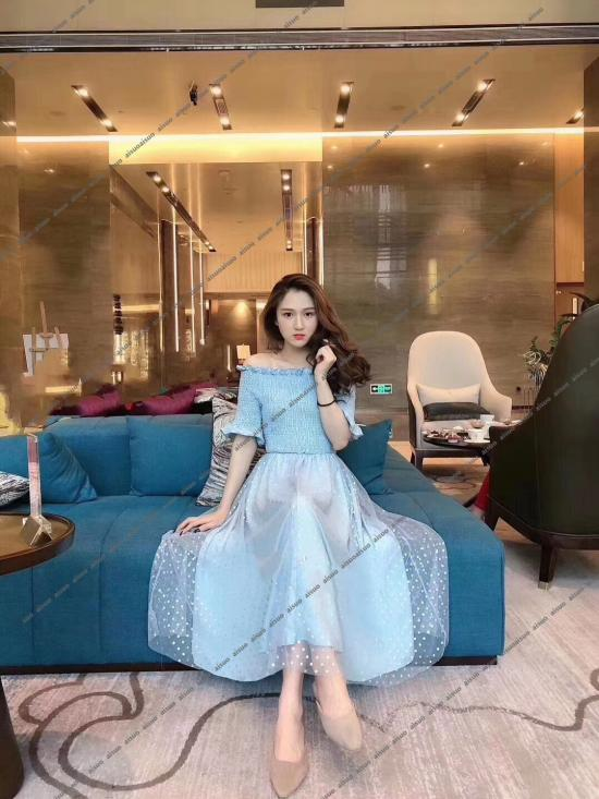 爱琐女装 追求极致的时尚设计购物体验