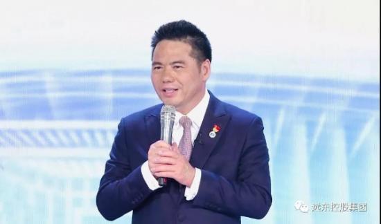 蒋锡培:建设小家,利益大家,报效国家,永远在路上!