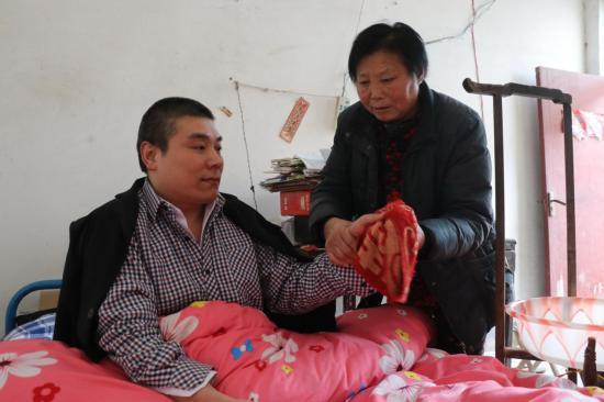 【网聚正能量 追梦太康人】 好继母汤佩瑾:有缘成为他们的母亲,要把所有的爱给孩子